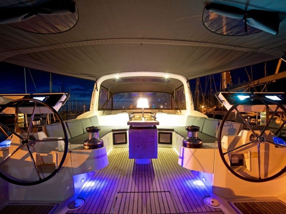 Bénéteau Oceanis 55 between personal and professional Porto-Vecchio