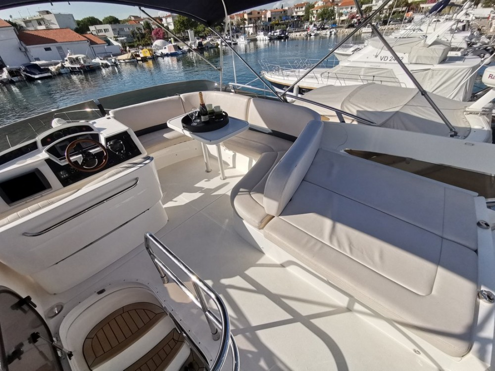Princess-Yachts Princess 42 Fly te huur van particulier of professional in Kroatië