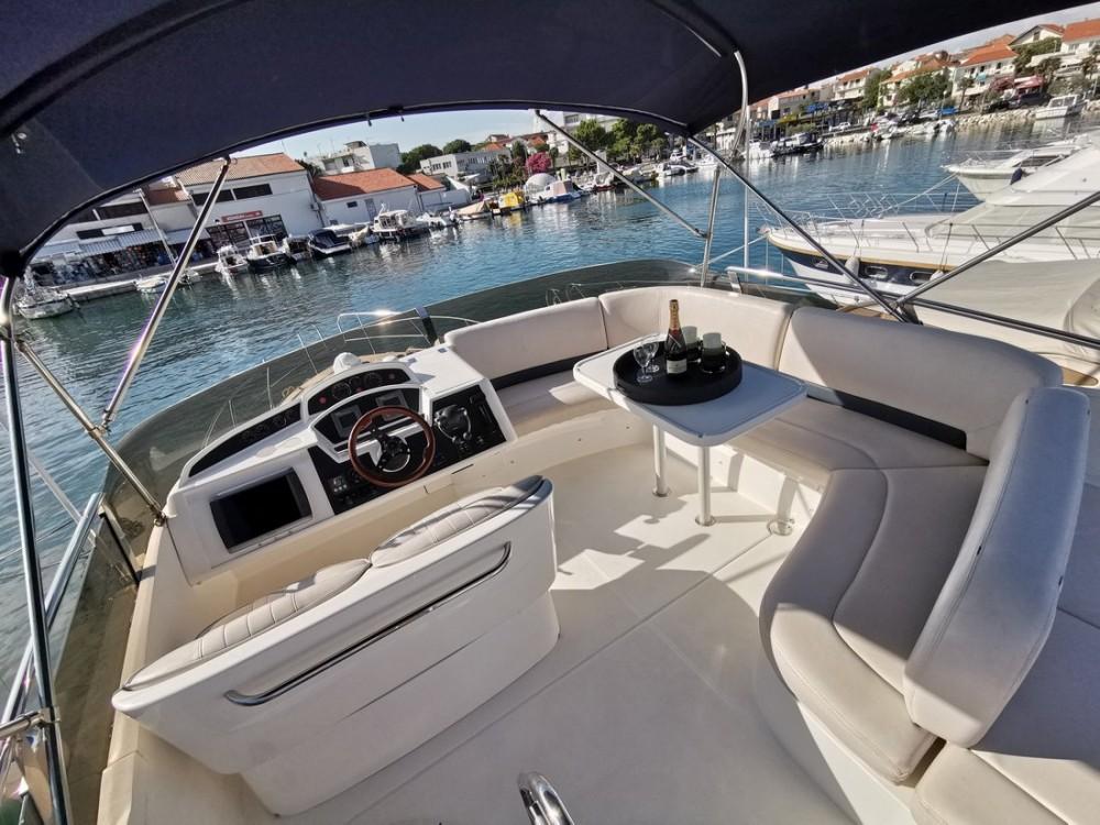 Huur Motorboot met of zonder schipper Princess-Yachts in Kroatië