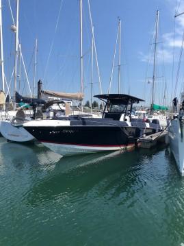 Location bateau DONZI 38 à Les Sables-d'Olonne sur Samboat