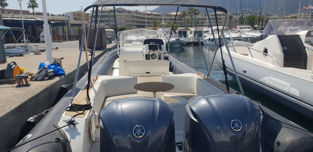 Verhuur Rubberboot in Cavalaire-sur-Mer - Capelli Tempest 1000