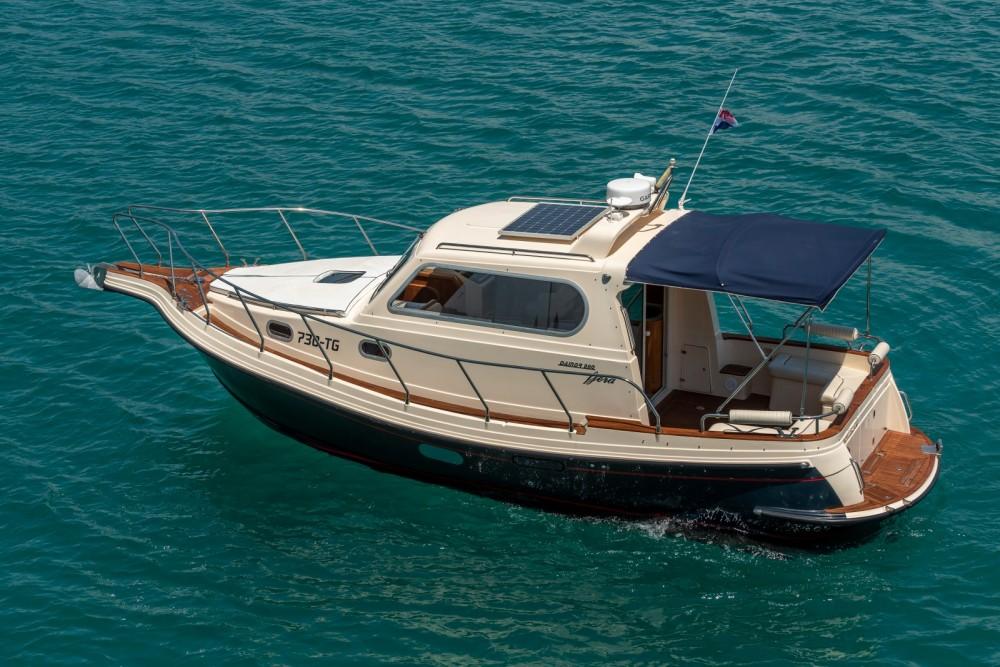 Verhuur Motorboot in Trogir - Damor Fjera 980