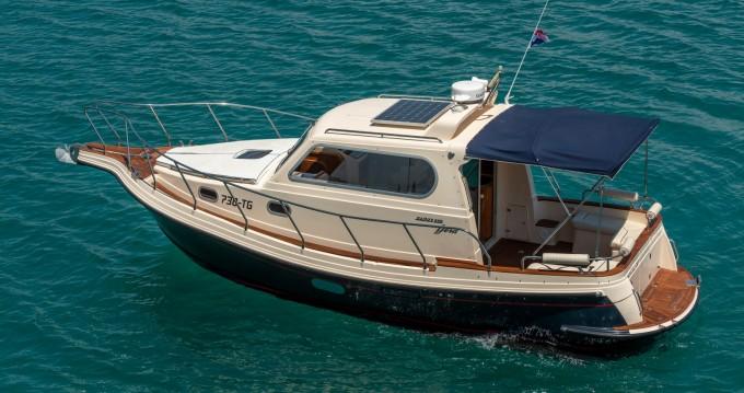Louez un Damor Fjera 980 à Split