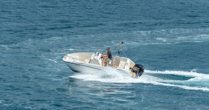 Location bateau Quicksilver Activ 555 Open à Split sur Samboat