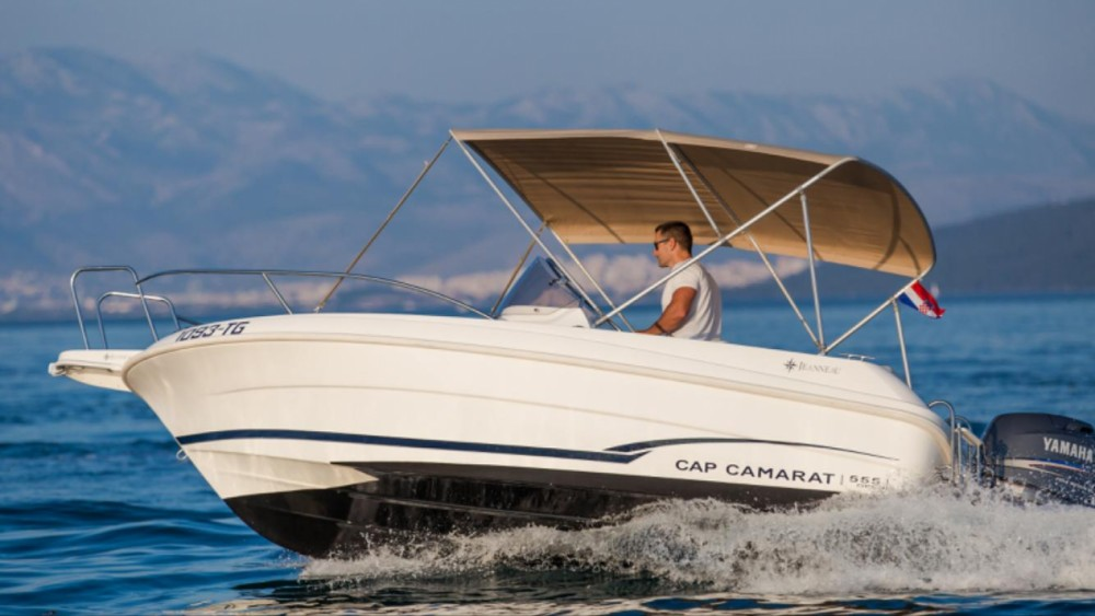 Location bateau Trogir pas cher Cap Camarat 555