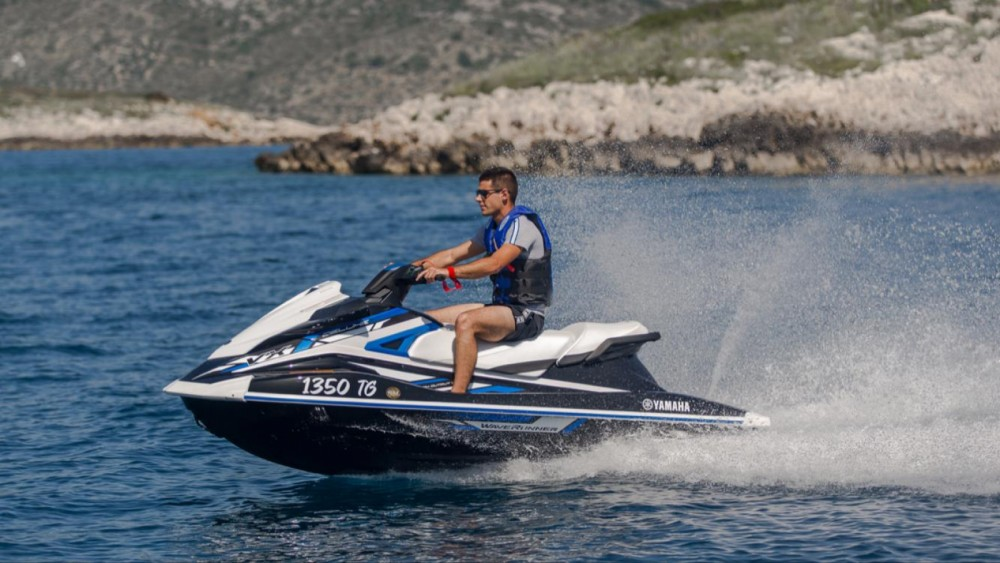 Hire RIB with or without skipper Yamaha Trogir