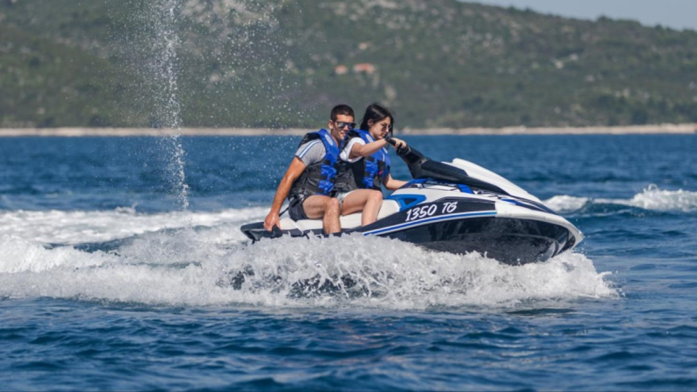 Yamaha VX DeLuxe between personal and professional Trogir