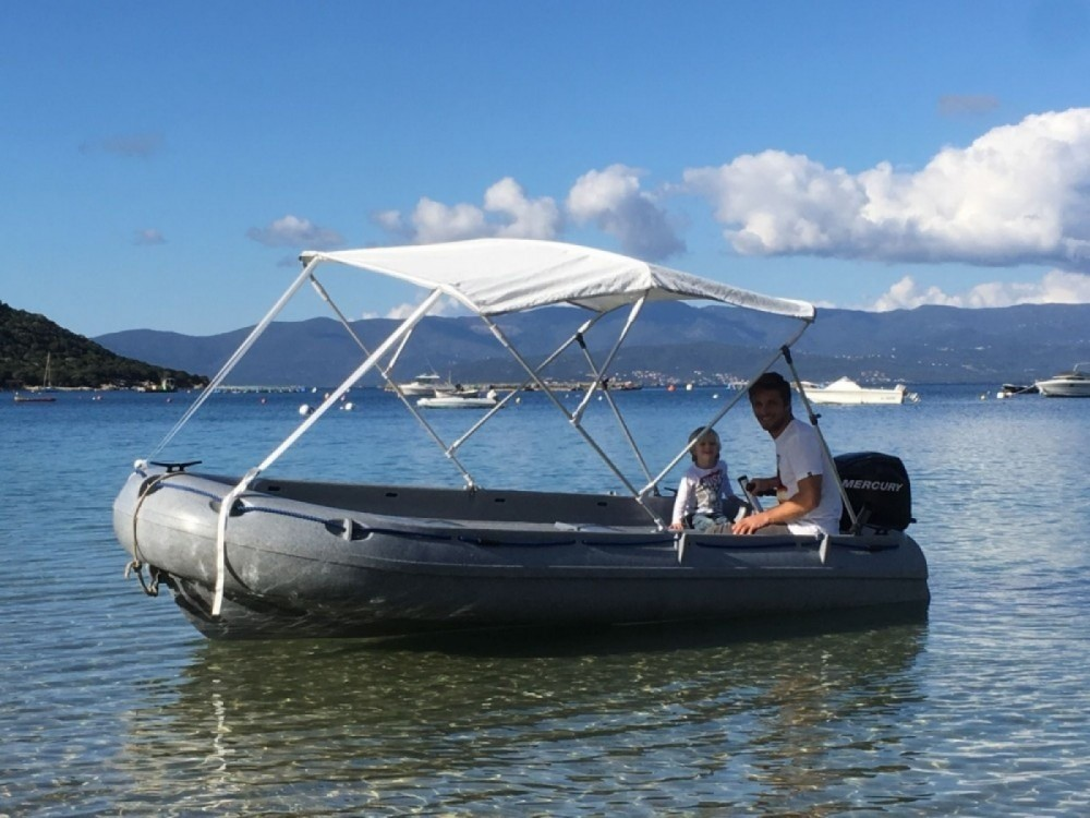 Location bateau Fun Yak Fun Yak 390 à Marseille sur Samboat