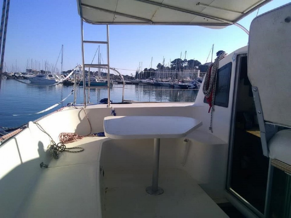 Hire Catamaran with or without skipper Fountaine Pajot Bandol