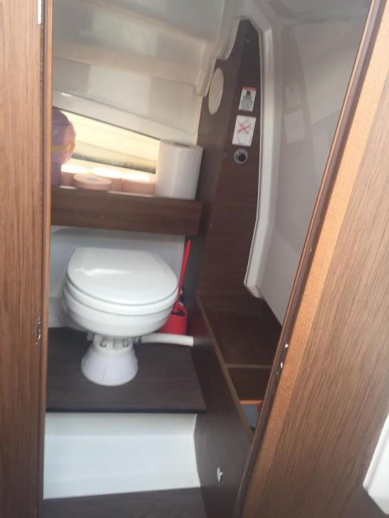 Location bateau Tribunj pas cher Cap Camarat 7.5 WA Serie 2