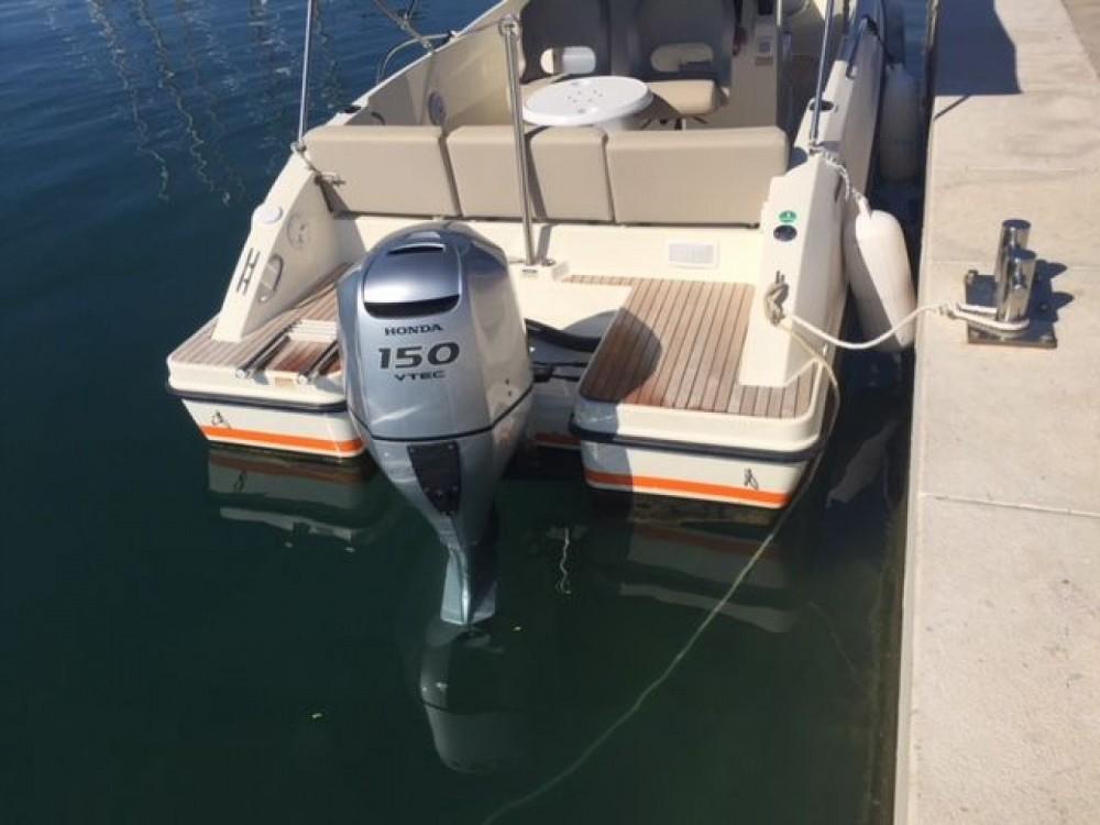 Huur Motorboot met of zonder schipper Quicksilver in Tribunj