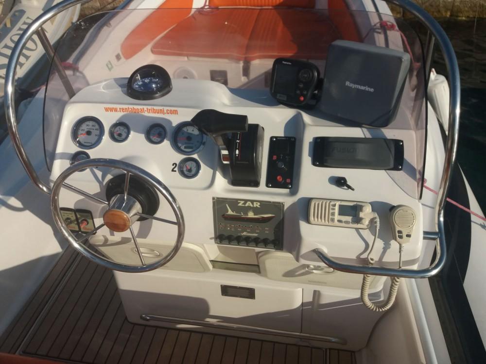 Huur Motorboot met of zonder schipper Zar Formenti in Tribunj