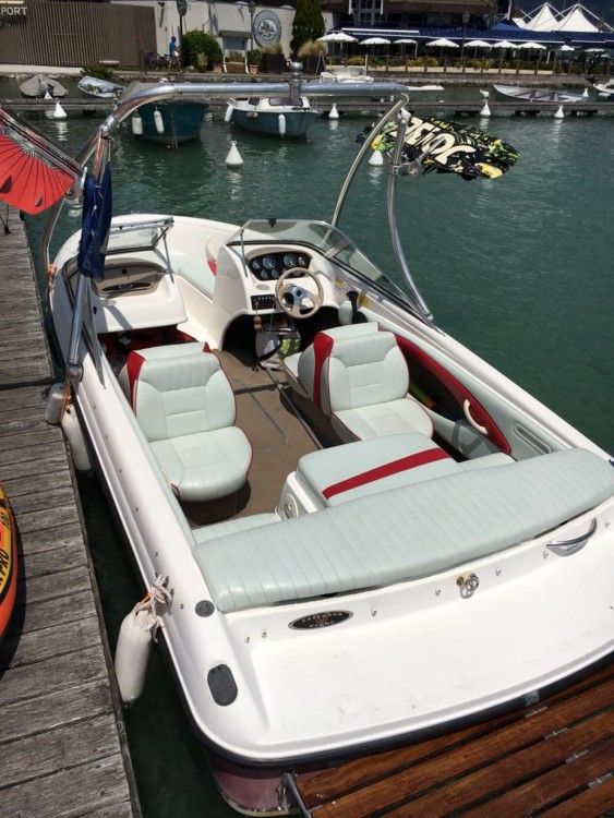 Verhuur Motorboot in Sevrier - Chaparral 180SSe
