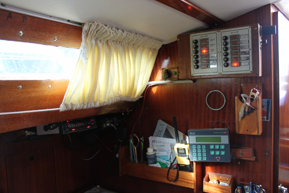 Location bateau Jeanneau Aquila à Arzal sur Samboat