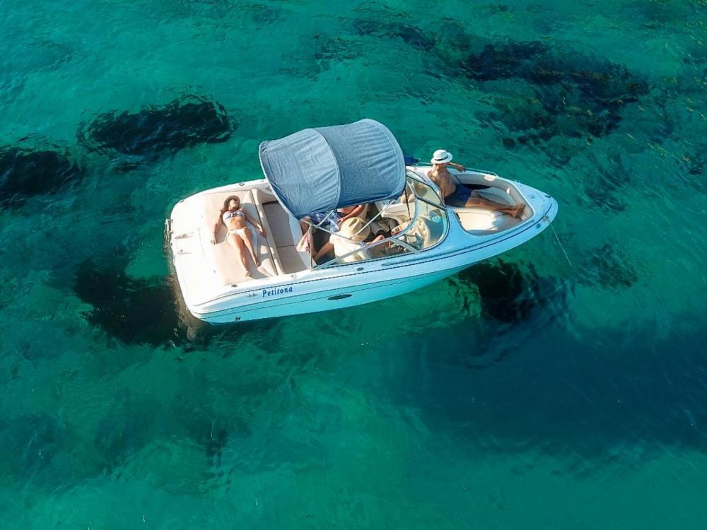Alquiler de Sea Ray Sea Ray 190 BR en La Savina