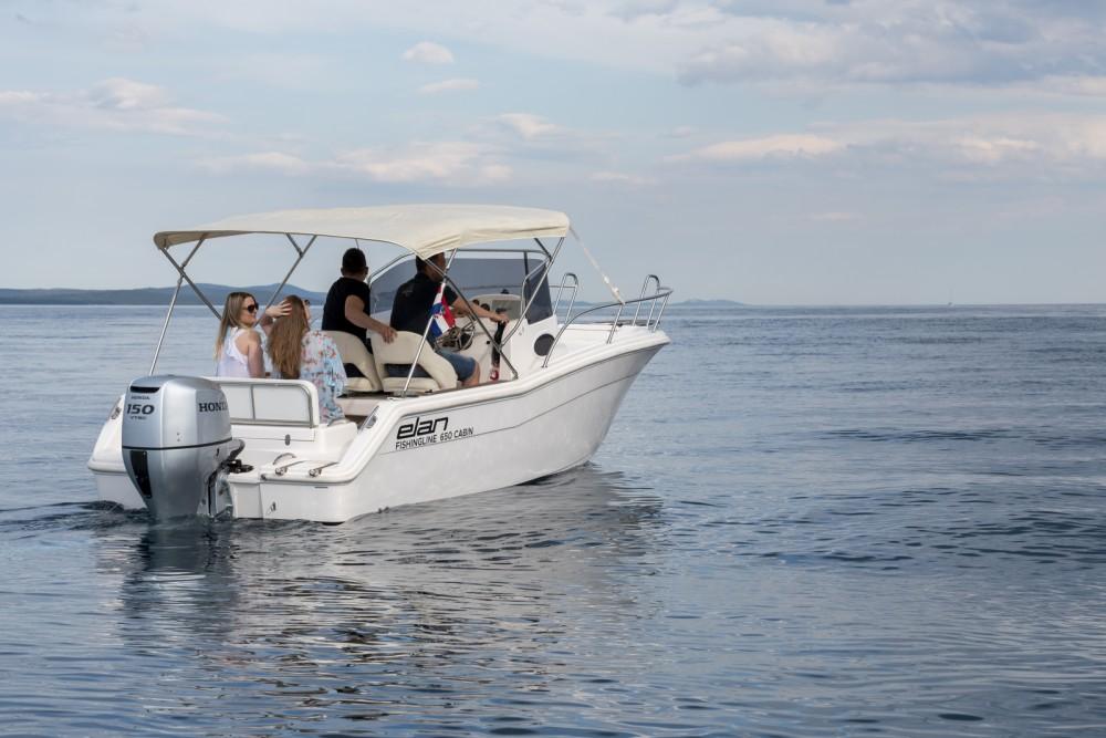 Location yacht à Zadar - Elan Fishing 650 Cabin  sur SamBoat