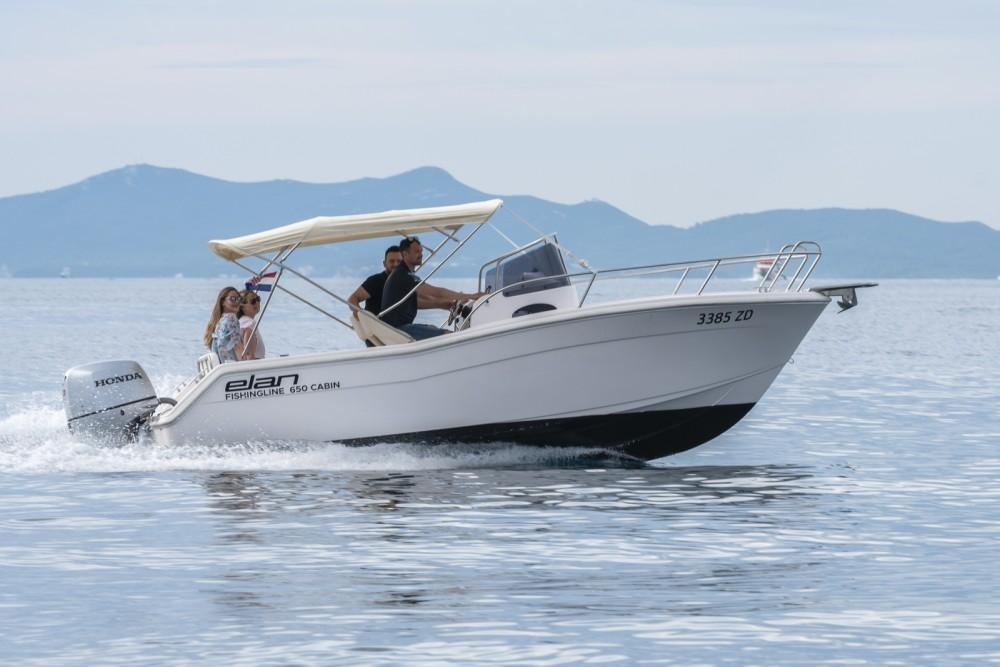 Elan Fishing 650 Cabin  entre particuliers et professionnel à Zadar