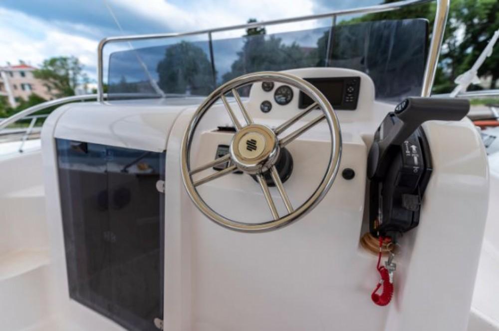 Louer Bateau à moteur avec ou sans skipper Elan à Zadar