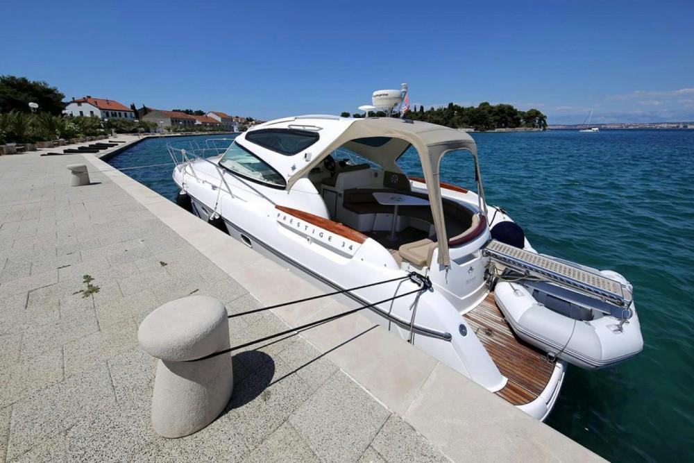 Jeanneau Prestige 34 te huur van particulier of professional in Zadar