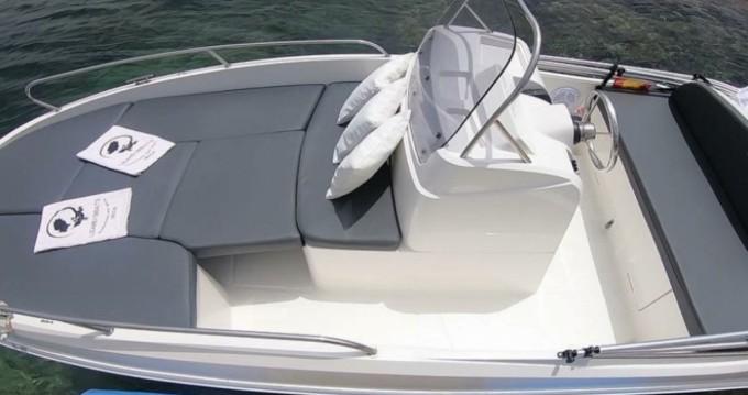 Location Bateau à moteur Baltic Yachts avec permis