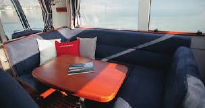 Location bateau Nimbus 335 Coupé à Agde sur Samboat