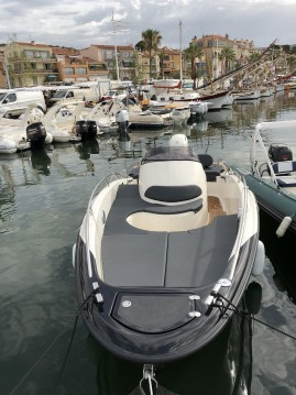 Location bateau Clear libra 650 open à Bandol sur Samboat
