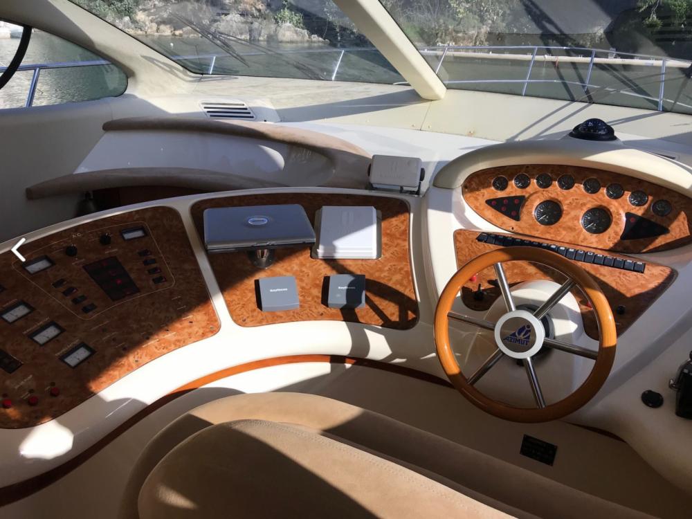 Rental Yacht in Palma - Azimut Azimut 46 Evolution