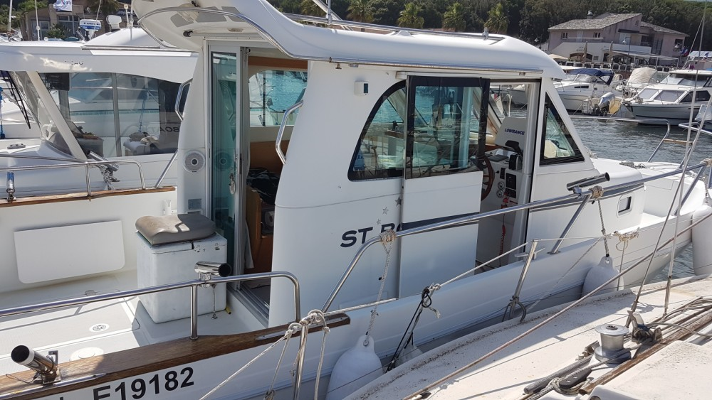 Location Bateau à moteur St Boat avec permis