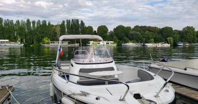Location yacht à Paris - Jeanneau Cap Camarat 6.5 CC Serie 3 sur SamBoat
