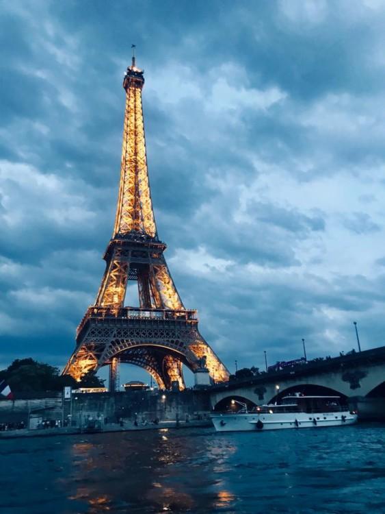 Bootverhuur Parijs goedkoop Cap Camarat 6.5 CC Serie 3