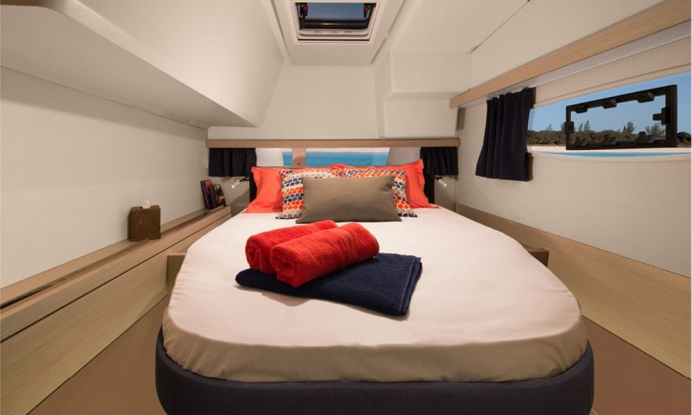 Boat rental Dubrovnik cheap Fountaine Pajot