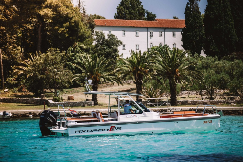 Louez un Axopar 28 T-Top à Grad Zadar