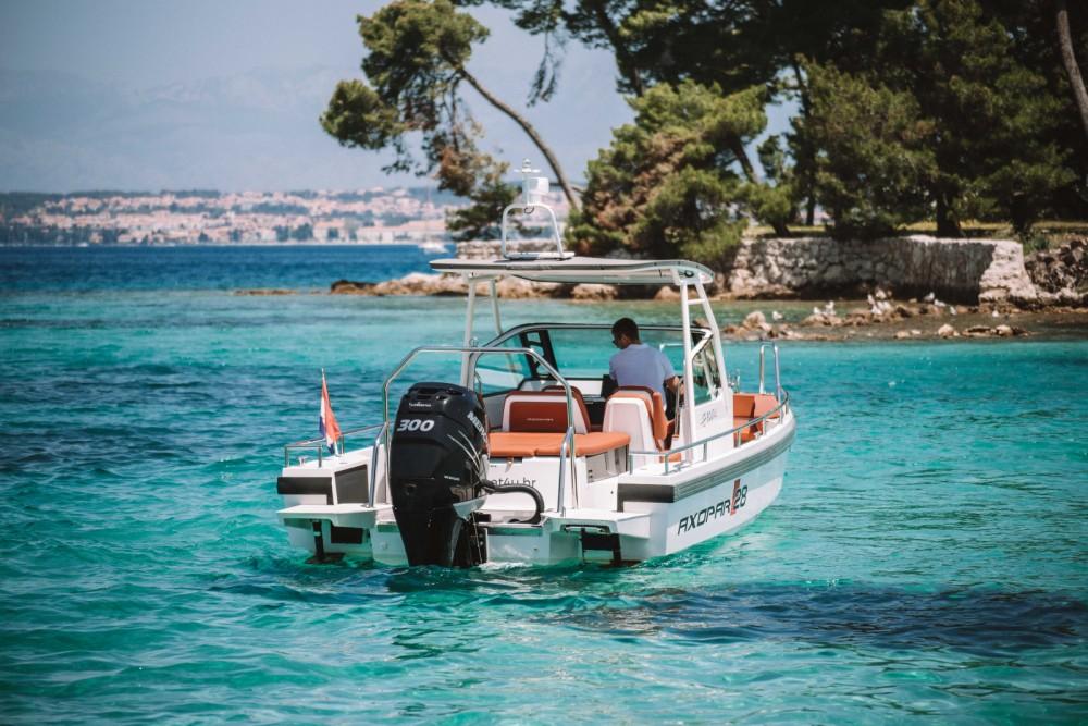 Location yacht à Grad Zadar - Axopar 28 T-Top sur SamBoat