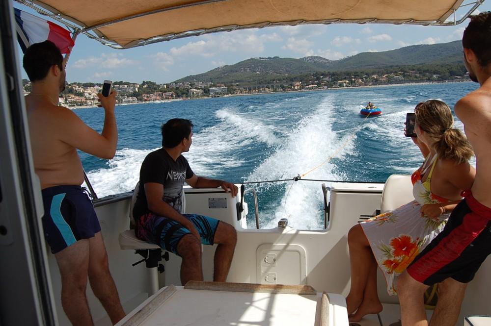 Huur Motorboot met of zonder schipper Bénéteau in Bandol