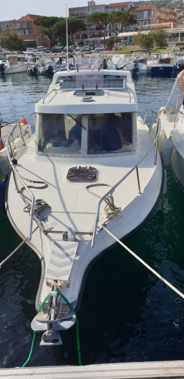 Boat rental Ultramar Week End 700 in Propriano on Samboat