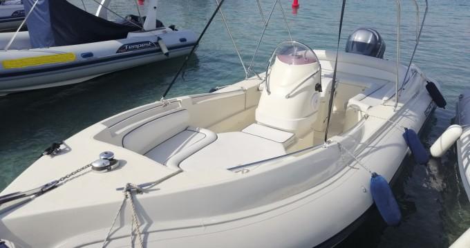 Louez un Scanner 710 envy à Palma de Majorque