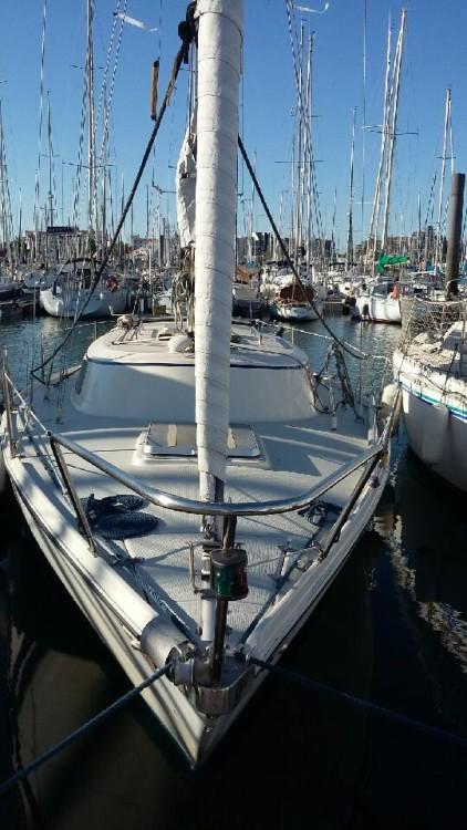 Location bateau Jeanneau Poker à La Rochelle sur Samboat