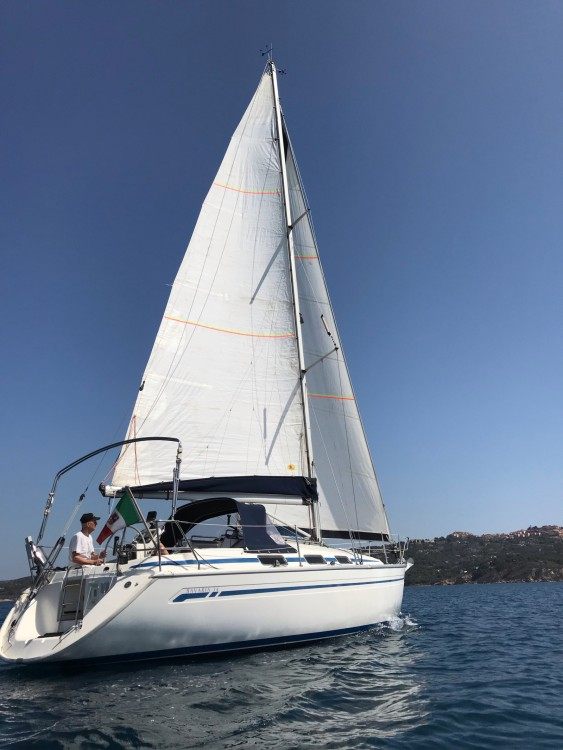 Location bateau Grosseto pas cher Bavaria 34