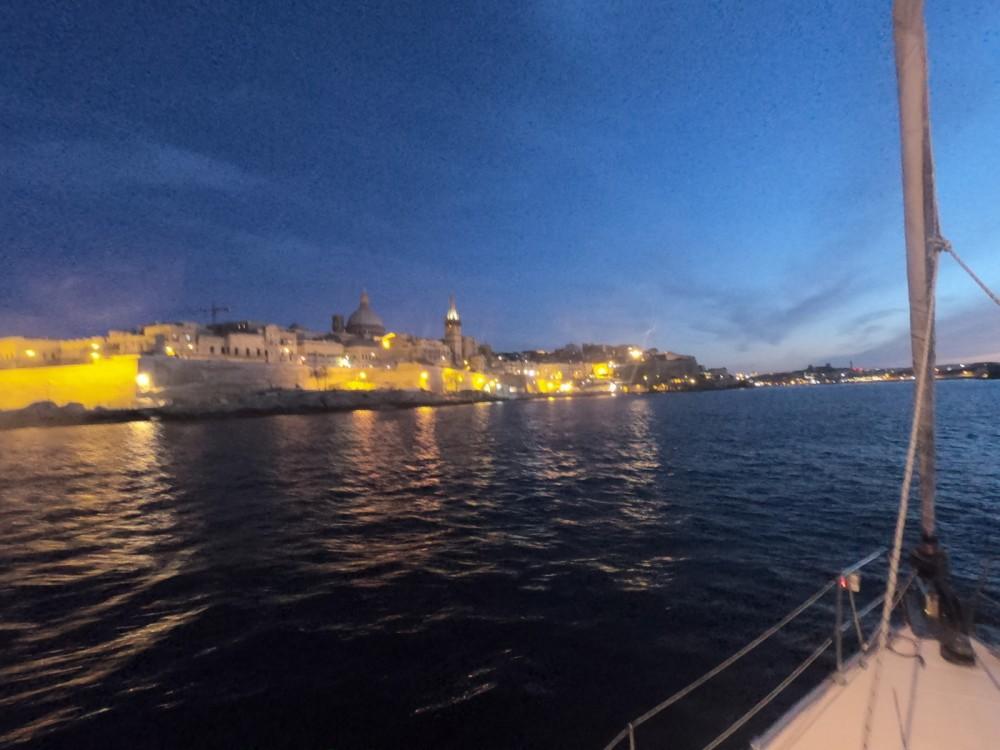 Location bateau Ta' Xbiex pas cher Bavaria 45