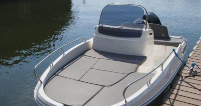 Louer Bateau à moteur avec ou sans skipper Remus à Palamós