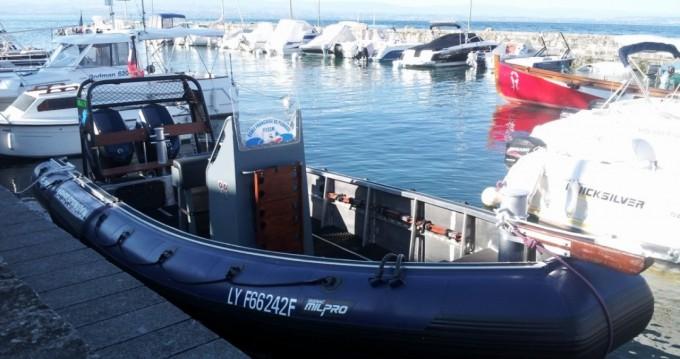 Location bateau Publier pas cher zodiac SRA 750 Milpro