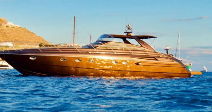 Location Bateau à moteur à Mykonos (Île) - Princess Princess 55