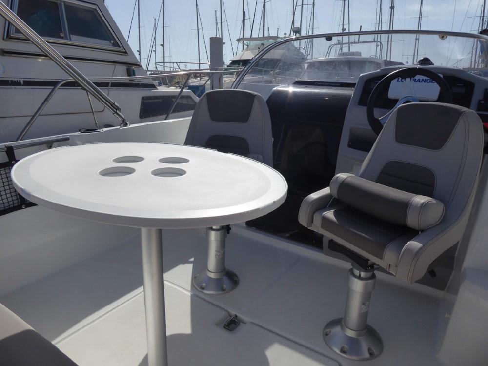 Rental yacht Saint-Cyprien - Jeanneau Cap Camarat 5.5 WA Serie 2 on SamBoat