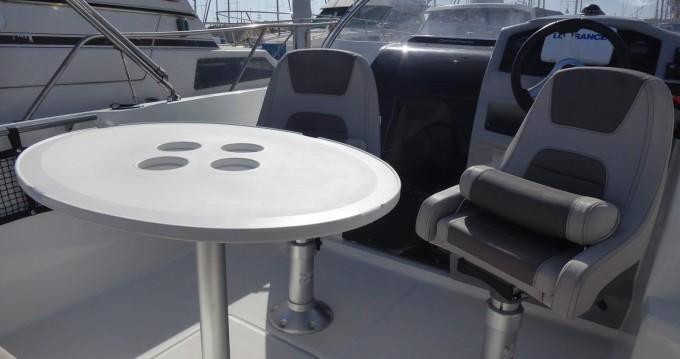 Location bateau Saint-Cyprien pas cher Cap Camarat 5.5 WA Serie 2
