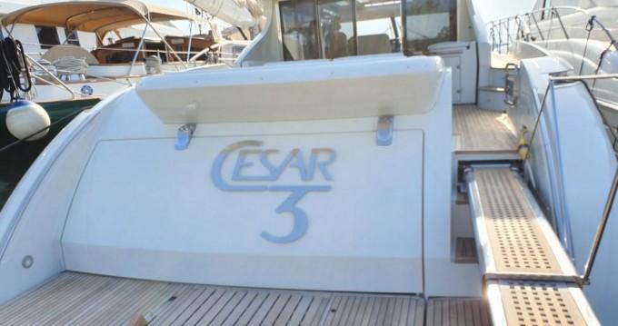 Yacht à louer à Fréjus au meilleur prix