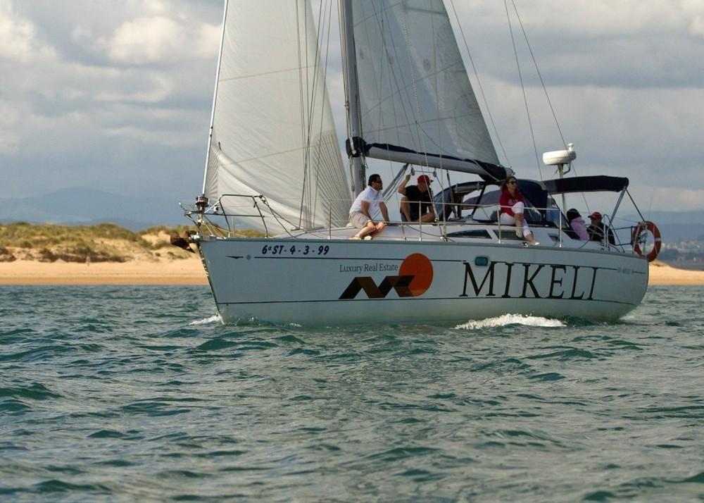 Louer Voilier avec ou sans skipper Jeanneau à Santander