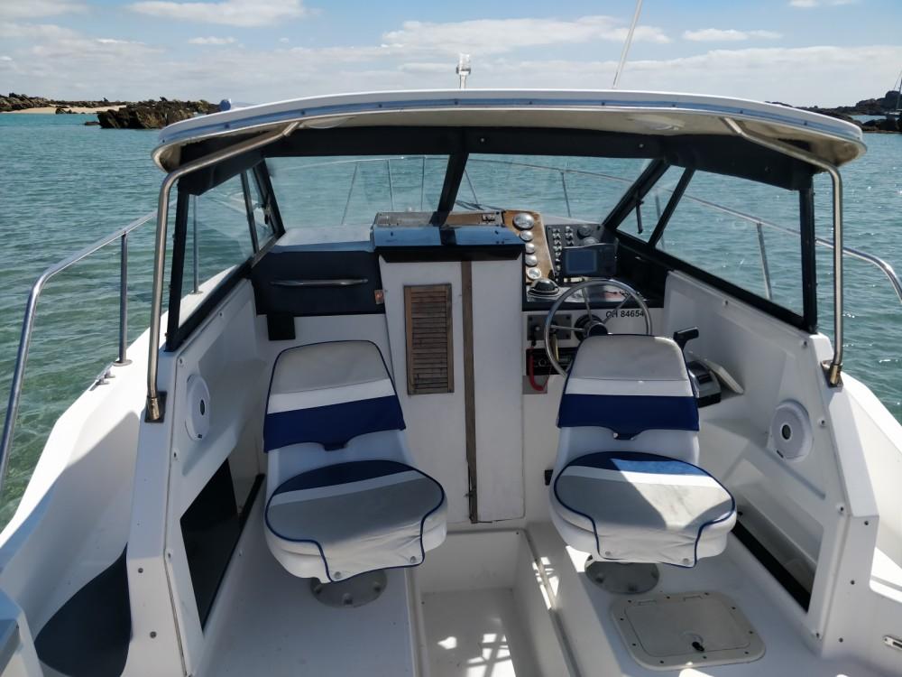 Location bateau Bayliner Trophy 2352 à Arradon sur Samboat