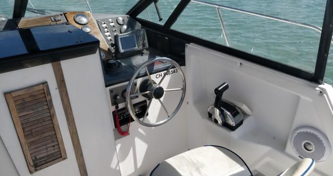 Louer Bateau à moteur avec ou sans skipper Bayliner à Arradon
