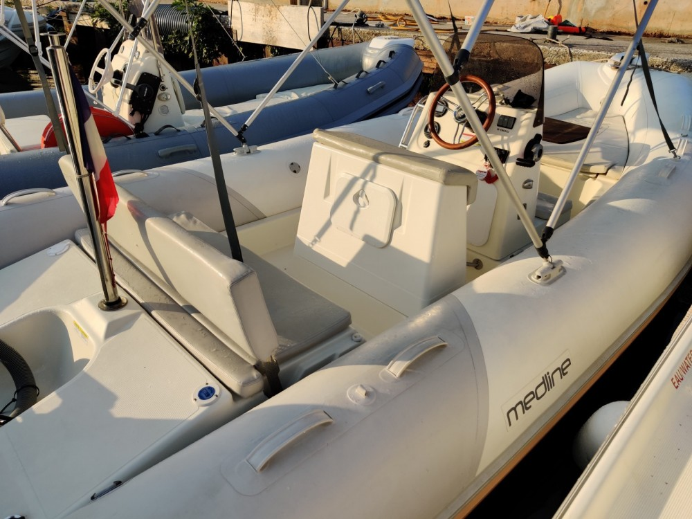 Hire RIB with or without skipper Zodiac Hyères