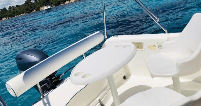 Location bateau Mandelieu-la-Napoule pas cher Wa 520